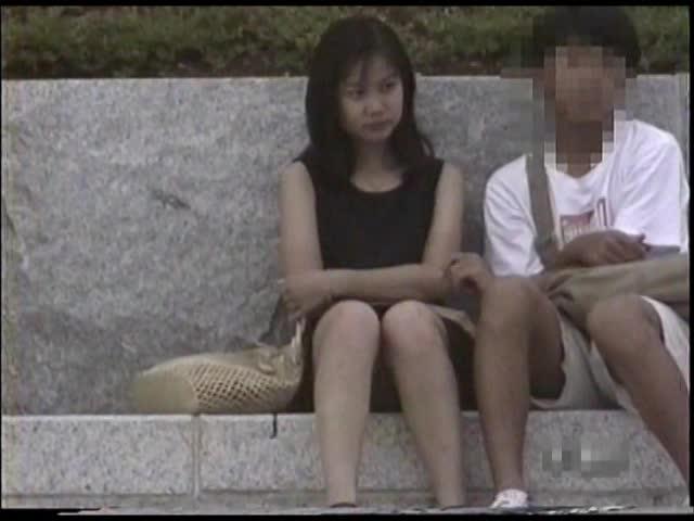 <パンツちら無断撮影映像>魅惑のデルタゾーンVol2私服編8